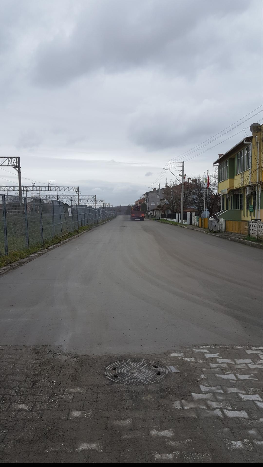 Necati Çalışkan Caddesi Beton Asfaltla Kaplandı
